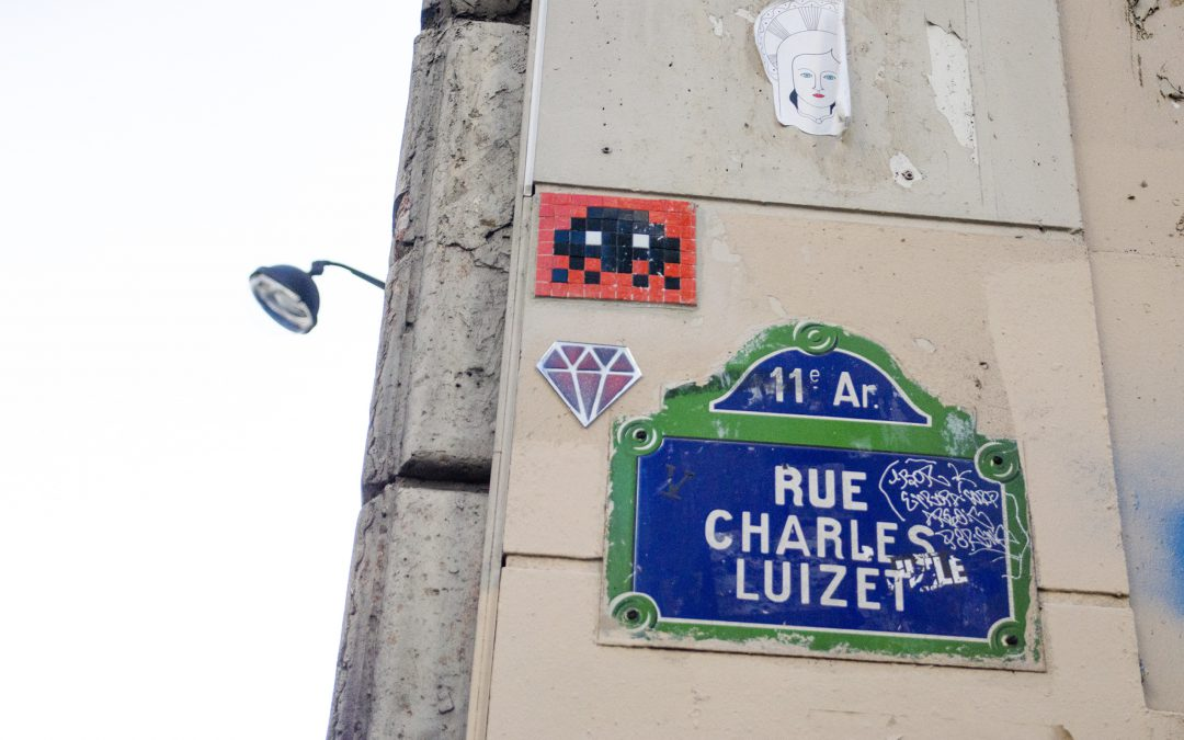 Invader chasing in the streets of Paris!